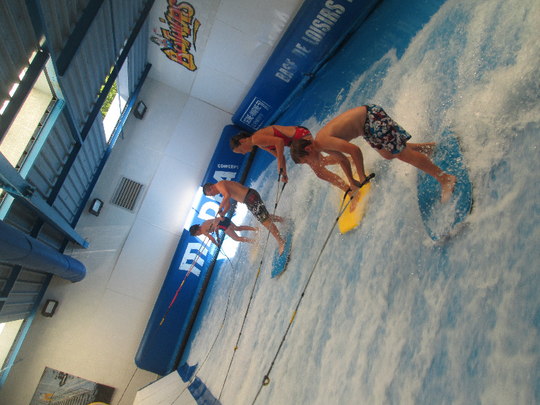 PISCINE A VAGUE ADOS (2)